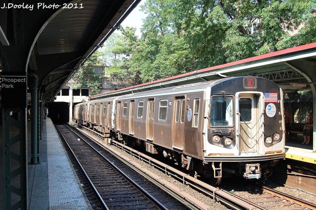 (481k, 1024x681)<br><b>Country:</b> United States<br><b>City:</b> New York<br><b>System:</b> New York City Transit<br><b>Line:</b> BMT Brighton Line<br><b>Location:</b> Prospect Park <br><b>Route:</b> Q<br><b>Car:</b> R-160B (Option 1) (Kawasaki, 2008-2009)  9162 <br><b>Photo by:</b> John Dooley<br><b>Date:</b> 9/12/2011<br><b>Viewed (this week/total):</b> 0 / 773