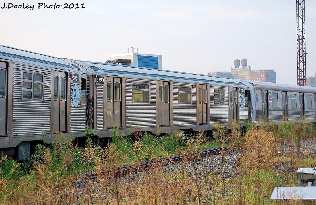 (391k, 1024x666)<br><b>Country:</b> United States<br><b>City:</b> New York<br><b>System:</b> New York City Transit<br><b>Location:</b> Coney Island Yard<br><b>Car:</b> R-32 (Budd, 1964)  3720 <br><b>Photo by:</b> John Dooley<br><b>Date:</b> 8/26/2011<br><b>Viewed (this week/total):</b> 0 / 697