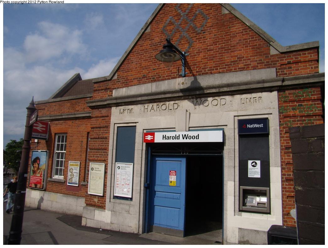 (327k, 1044x788)<br><b>Country:</b> United Kingdom<br><b>City:</b> London<br><b>System:</b> London Main Line Rail<br><b>Location:</b> Harold Wood <br><b>Photo by:</b> Fytton Rowland<br><b>Date:</b> 6/4/2009<br><b>Viewed (this week/total):</b> 0 / 1485