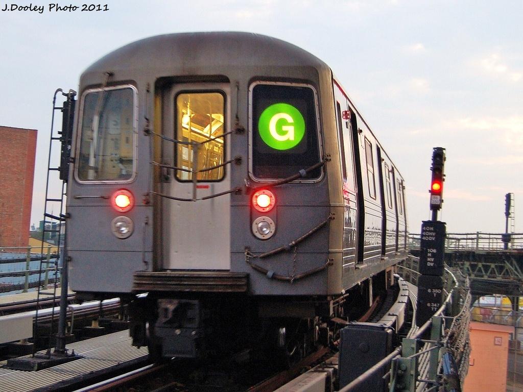 (360k, 1024x768)<br><b>Country:</b> United States<br><b>City:</b> New York<br><b>System:</b> New York City Transit<br><b>Line:</b> BMT Culver Line<br><b>Location:</b> Avenue X <br><b>Route:</b> G<br><b>Car:</b> R-68 (Westinghouse-Amrail, 1986-1988)  2884 <br><b>Photo by:</b> John Dooley<br><b>Date:</b> 8/26/2011<br><b>Viewed (this week/total):</b> 1 / 915