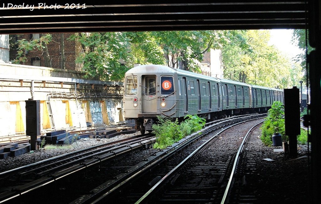(423k, 1024x653)<br><b>Country:</b> United States<br><b>City:</b> New York<br><b>System:</b> New York City Transit<br><b>Line:</b> BMT Brighton Line<br><b>Location:</b> Prospect Park <br><b>Route:</b> B<br><b>Car:</b> R-68 (Westinghouse-Amrail, 1986-1988)  2912 <br><b>Photo by:</b> John Dooley<br><b>Date:</b> 9/12/2011<br><b>Viewed (this week/total):</b> 1 / 872