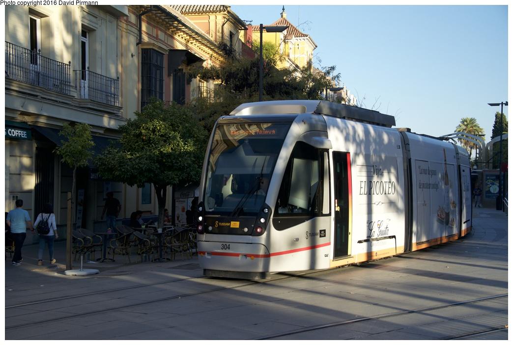 (258k, 1044x703)<br><b>Country:</b> Spain<br><b>City:</b> Seville<br><b>System:</b> Tranvía MetroCentro <br><b>Location:</b> <b>Puerta de Jerez</b> <br><b>Car:</b> CAF Urbos 3  304 <br><b>Photo by:</b> David Pirmann<br><b>Date:</b> 11/9/2015<br><b>Viewed (this week/total):</b> 0 / 588