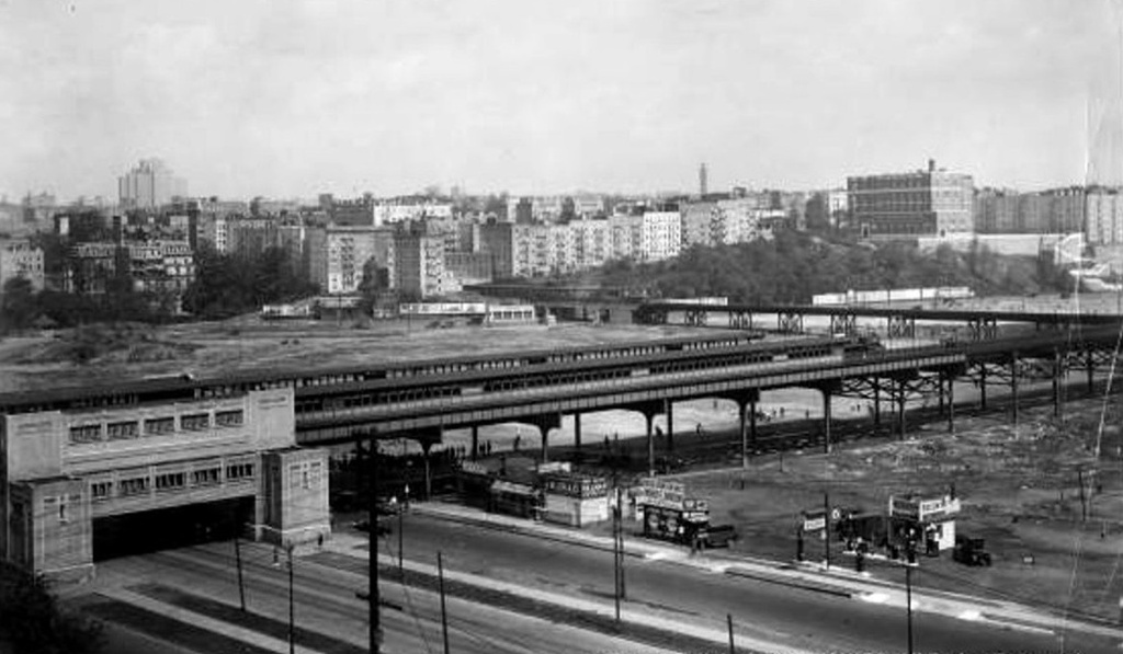 (162k, 1024x597)<br><b>Country:</b> United States<br><b>City:</b> New York<br><b>System:</b> New York City Transit<br><b>Line:</b> IRT Woodlawn Line<br><b>Location:</b> 161st Street/River Avenue (Yankee Stadium) <br><b>Collection of:</b> Frank Pfuhler<br><b>Date:</b> 1929<br><b>Viewed (this week/total):</b> 2 / 1204