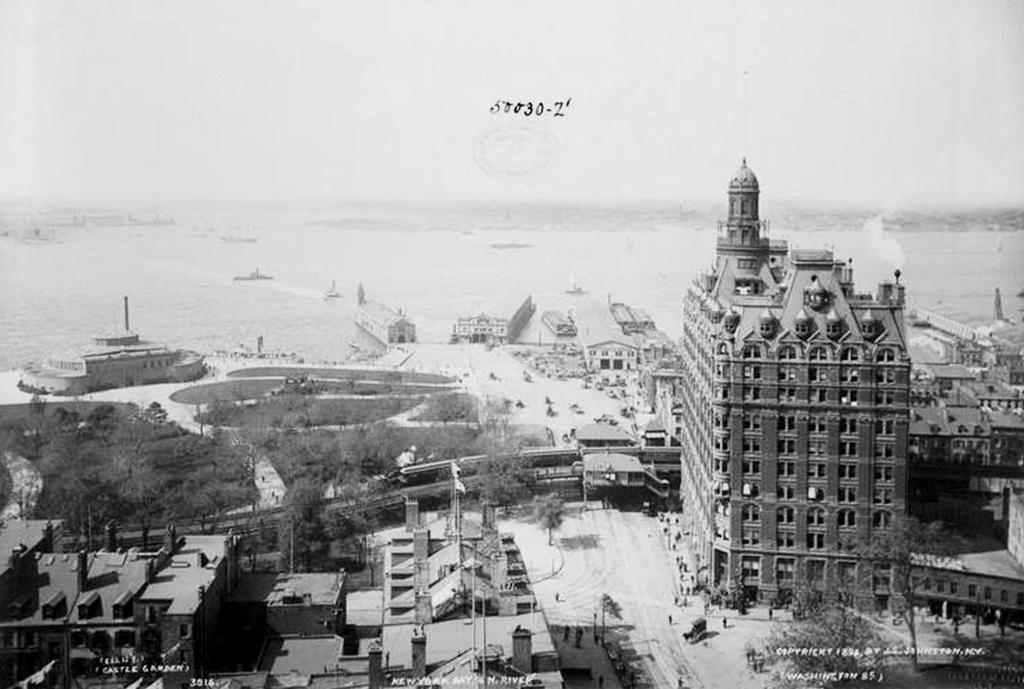 (191k, 1024x689)<br><b>Country:</b> United States<br><b>City:</b> New York<br><b>System:</b> New York City Transit<br><b>Line:</b> 9th Avenue El<br><b>Location:</b> Battery Place <br><b>Collection of:</b> Frank Pfuhler<br><b>Viewed (this week/total):</b> 0 / 1065