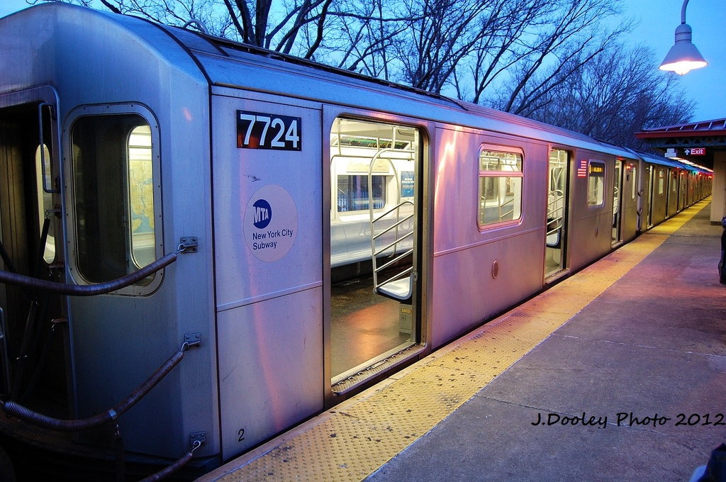 (380k, 1024x680)<br><b>Country:</b> United States<br><b>City:</b> New York<br><b>System:</b> New York City Transit<br><b>Line:</b> IRT Woodlawn Line<br><b>Location:</b> Woodlawn <br><b>Route:</b> 4<br><b>Car:</b> R-142A (Option Order, Kawasaki, 2002-2003)  7724 <br><b>Photo by:</b> John Dooley<br><b>Date:</b> 1/29/2012<br><b>Viewed (this week/total):</b> 0 / 1407