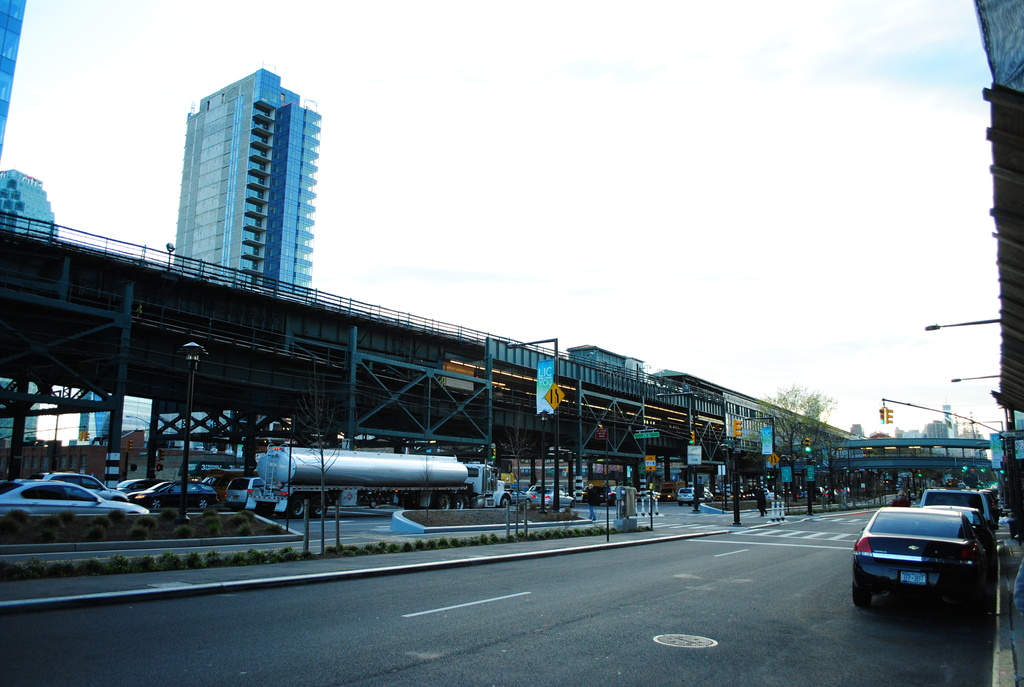 (304k, 1024x687)<br><b>Country:</b> United States<br><b>City:</b> New York<br><b>System:</b> New York City Transit<br><b>Location:</b> Queensborough Plaza <br><b>Photo by:</b> Wilfredo Castillo<br><b>Date:</b> 4/3/2012<br><b>Viewed (this week/total):</b> 0 / 1042