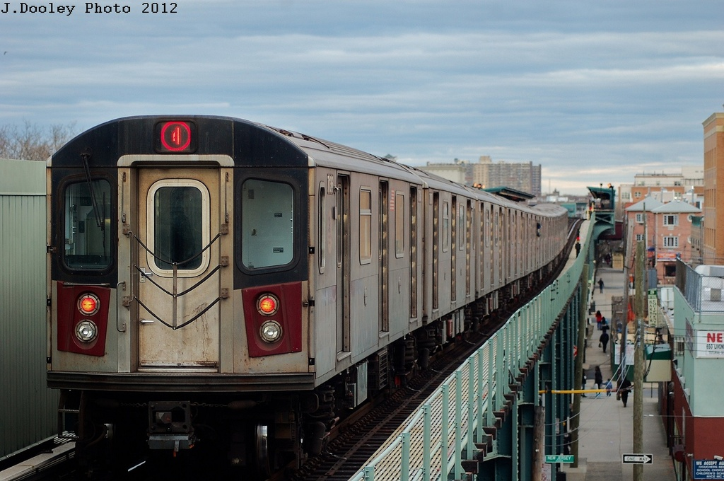 (295k, 1024x680)<br><b>Country:</b> United States<br><b>City:</b> New York<br><b>System:</b> New York City Transit<br><b>Line:</b> IRT Brooklyn Line<br><b>Location:</b> Pennsylvania Avenue <br><b>Route:</b> 4<br><b>Car:</b> R-142 (Option Order, Bombardier, 2002-2003)  7136 <br><b>Photo by:</b> John Dooley<br><b>Date:</b> 3/29/2012<br><b>Viewed (this week/total):</b> 4 / 1417