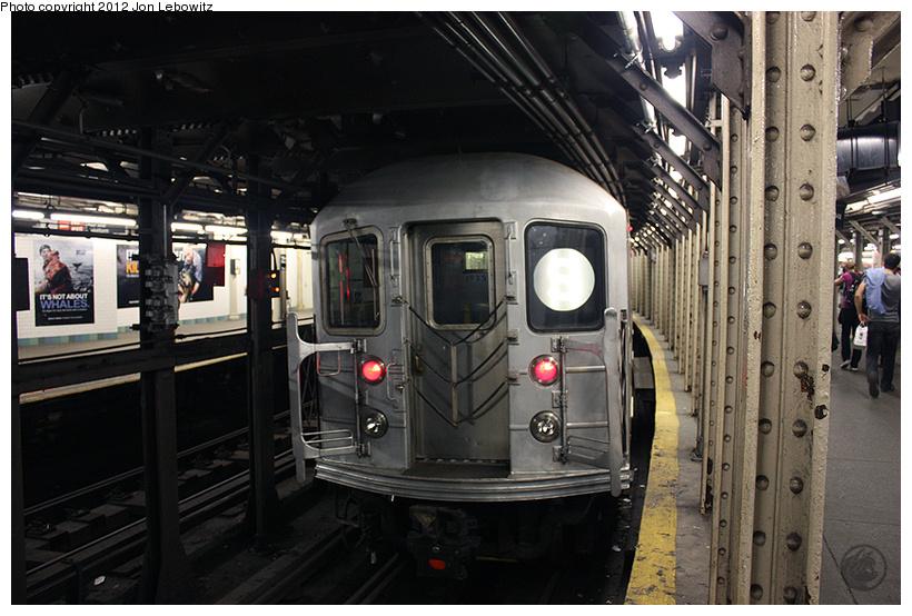 (274k, 820x554)<br><b>Country:</b> United States<br><b>City:</b> New York<br><b>System:</b> New York City Transit<br><b>Line:</b> IRT Times Square-Grand Central Shuttle<br><b>Location:</b> Times Square <br><b>Route:</b> S<br><b>Car:</b> R-62A (Bombardier, 1984-1987)   <br><b>Photo by:</b> Jon Lebowitz<br><b>Date:</b> 4/11/2010<br><b>Viewed (this week/total):</b> 2 / 936