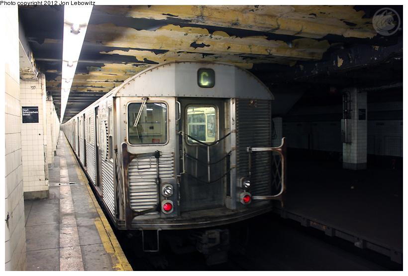(227k, 820x554)<br><b>Country:</b> United States<br><b>City:</b> New York<br><b>System:</b> New York City Transit<br><b>Line:</b> IND Fulton Street Line<br><b>Location:</b> Hoyt-Schermerhorn Street <br><b>Route:</b> C<br><b>Car:</b> R-32 (Budd, 1964)  3672 <br><b>Photo by:</b> Jon Lebowitz<br><b>Date:</b> 9/26/2010<br><b>Viewed (this week/total):</b> 0 / 1016