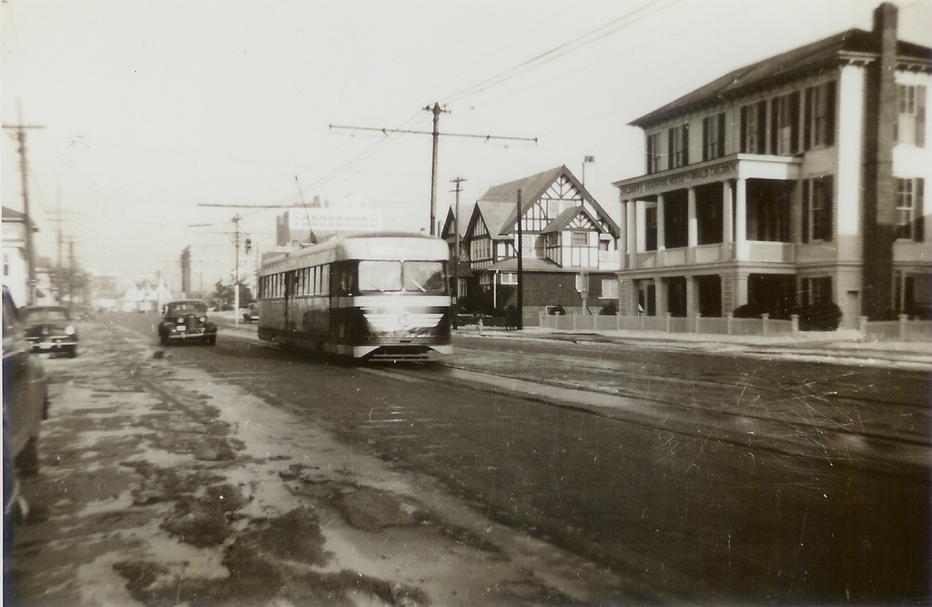 (198k, 1024x667)<br><b>Country:</b> United States<br><b>City:</b> Atlantic City, NJ<br><b>System:</b> Atlantic City Transit<br><b>Car:</b> Atlantic City Brilliner (J.G. Brill, 1940)  <br><b>Collection of:</b> Jeremy Whiteman<br><b>Notes:</b> Brilliner in the Lower Chelsea section of Atlantic City around Dover and Atlantic Avenues. The car is headed Westbound towards Ventnor, Margate and Longport. You can see the Knife & Fork Inn in the distant background. That restaurant is still there! It looks to be circa 1946 or 1947. It has 7 cents fare painted on the front of the car.<br><b>Viewed (this week/total):</b> 4 / 1743