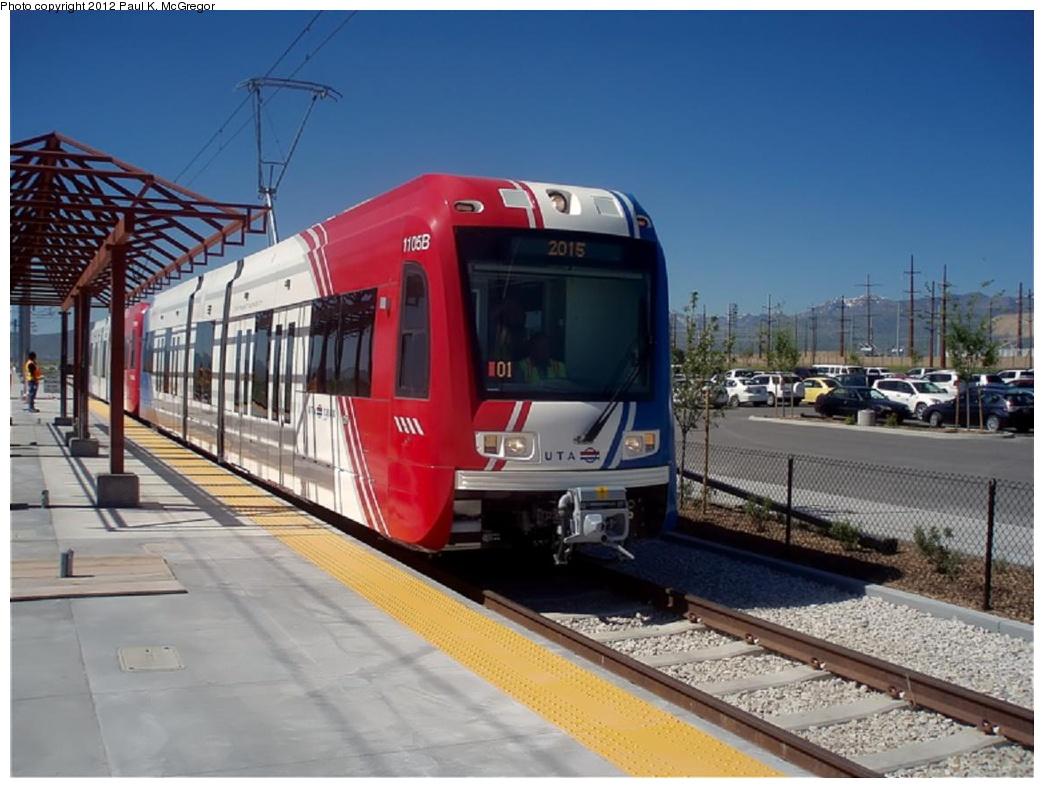 (260k, 1044x788)<br><b>Country:</b> United States<br><b>City:</b> Salt Lake City, UT<br><b>System:</b> TRAX<br><b>Location:</b> 5600 West <br><b>Car:</b> Siemens S-70  1105 <br><b>Photo by:</b> Paul McGregor<br><b>Date:</b> 6/17/2010<br><b>Viewed (this week/total):</b> 1 / 1188