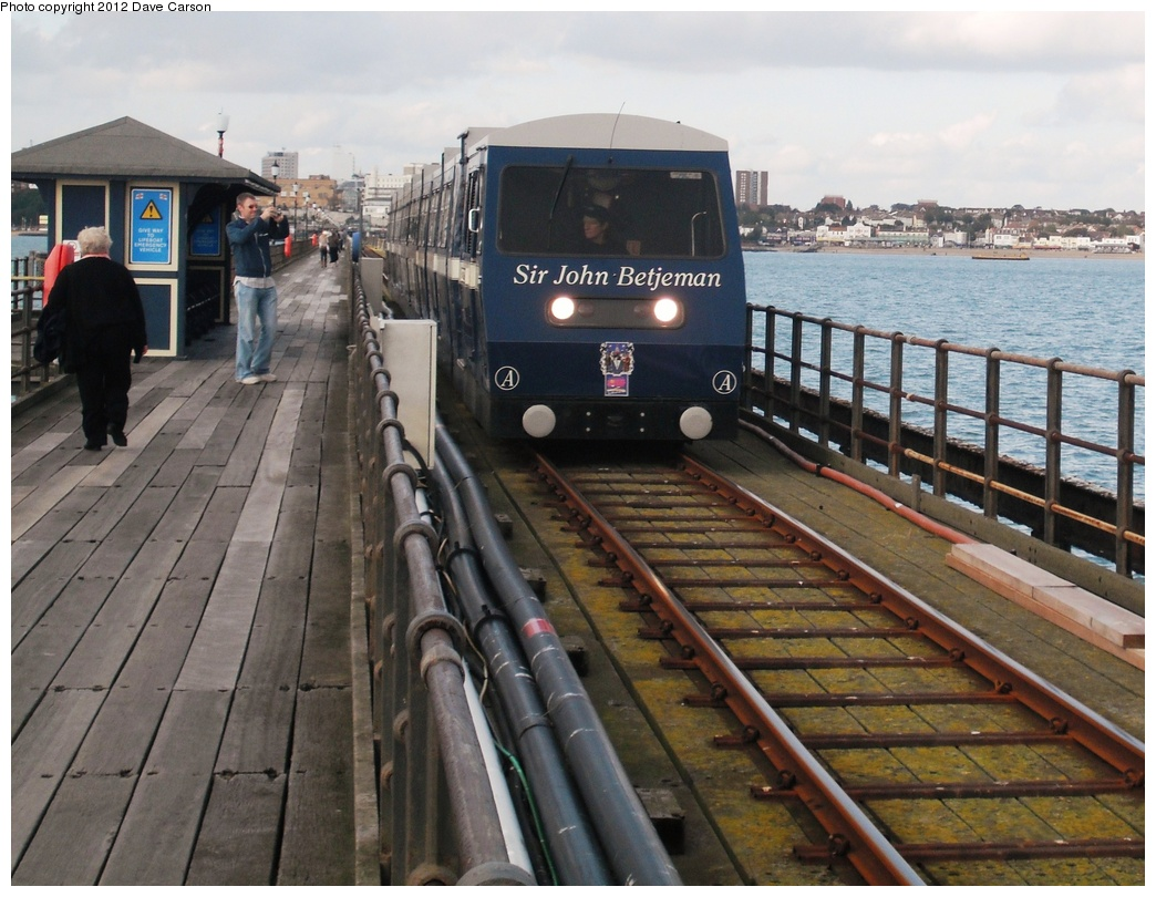 (313k, 1044x810)<br><b>Country:</b> United Kingdom<br><b>City:</b> Southend-on-Sea, Essex<br><b>System:</b> Southend Pier Railway<br><b>Photo by:</b> Dave Carson<br><b>Date:</b> 10/10/2009<br><b>Notes:</b> Train A on pier.<br><b>Viewed (this week/total):</b> 2 / 612