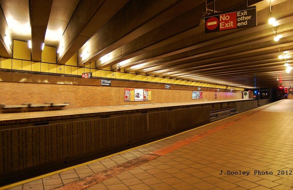 (331k, 1024x663)<br><b>Country:</b> United States<br><b>City:</b> New York<br><b>System:</b> New York City Transit<br><b>Line:</b> IND 63rd Street<br><b>Location:</b> 21st Street/Queensbridge <br><b>Photo by:</b> John Dooley<br><b>Date:</b> 2/29/2012<br><b>Viewed (this week/total):</b> 1 / 1209
