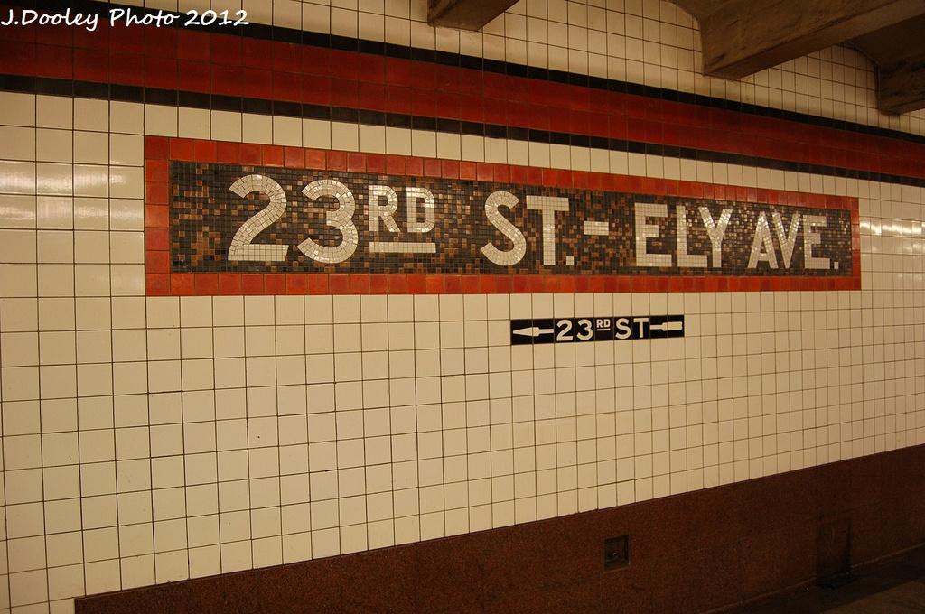 (305k, 1024x680)<br><b>Country:</b> United States<br><b>City:</b> New York<br><b>System:</b> New York City Transit<br><b>Line:</b> IND Queens Boulevard Line<br><b>Location:</b> Court Square/23rd St (Ely Avenue) <br><b>Photo by:</b> John Dooley<br><b>Date:</b> 1/18/2012<br><b>Viewed (this week/total):</b> 1 / 673