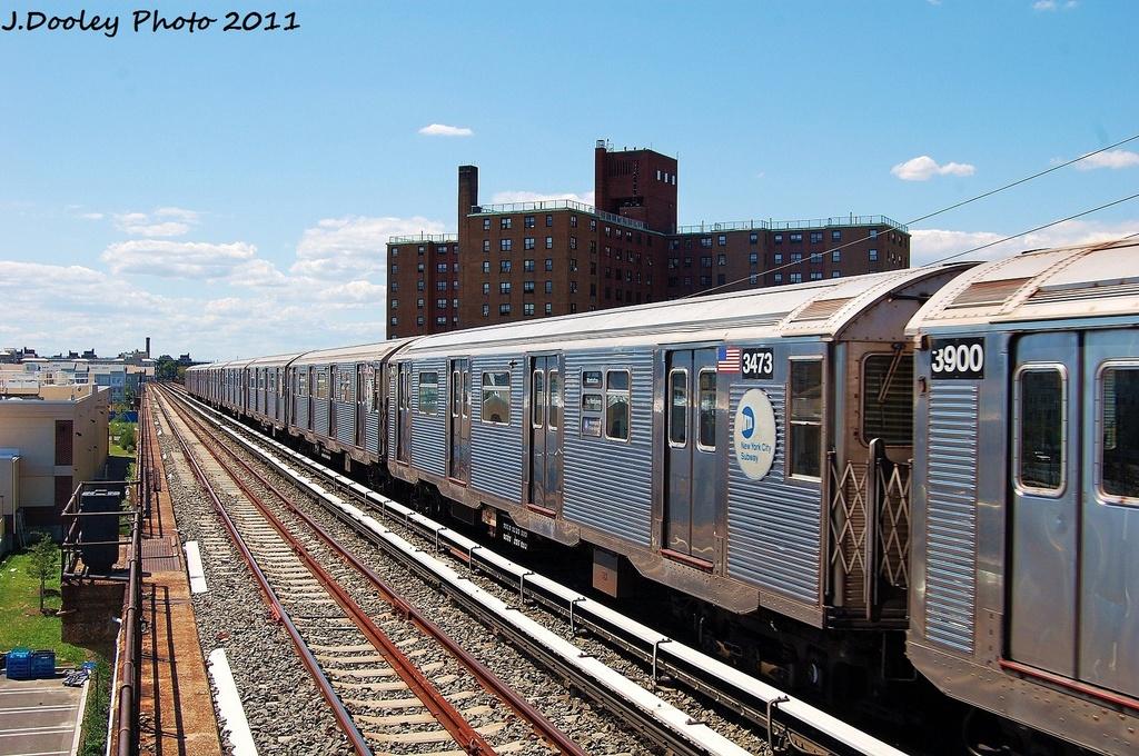 (388k, 1024x680)<br><b>Country:</b> United States<br><b>City:</b> New York<br><b>System:</b> New York City Transit<br><b>Line:</b> IND Rockaway<br><b>Location:</b> Beach 44th Street/Frank Avenue <br><b>Route:</b> A<br><b>Car:</b> R-32 (Budd, 1964)  3473 <br><b>Photo by:</b> John Dooley<br><b>Date:</b> 8/11/2011<br><b>Viewed (this week/total):</b> 0 / 635