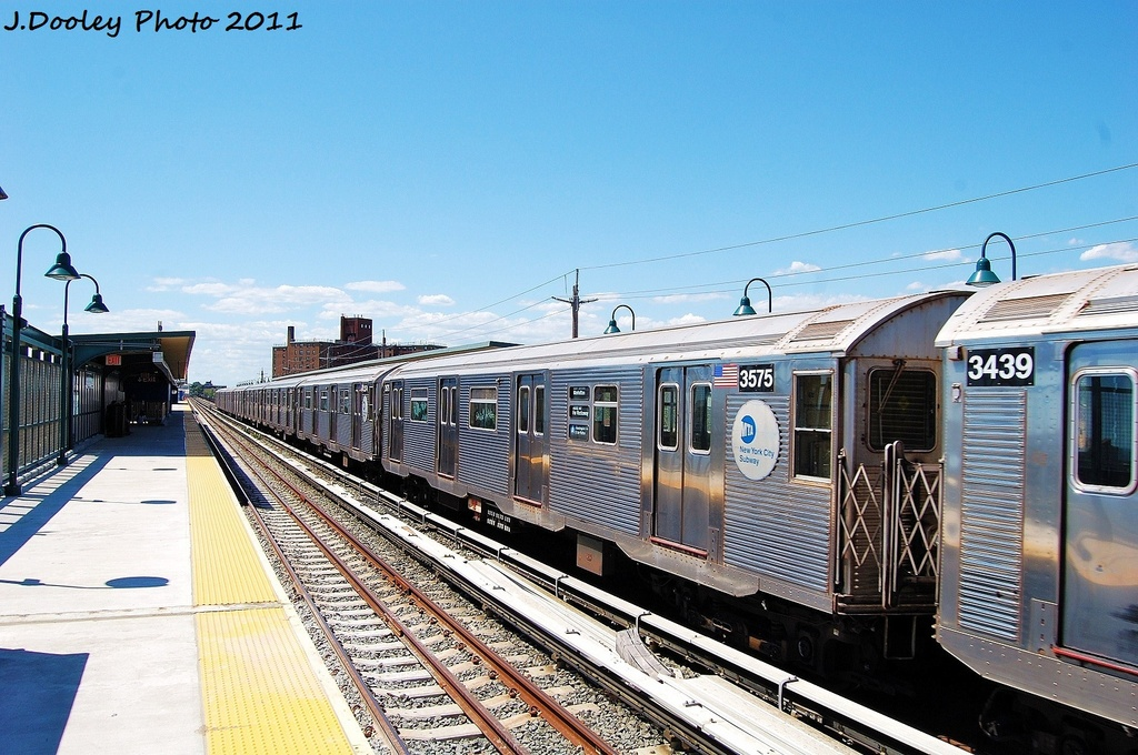 (352k, 1024x680)<br><b>Country:</b> United States<br><b>City:</b> New York<br><b>System:</b> New York City Transit<br><b>Line:</b> IND Rockaway<br><b>Location:</b> Beach 67th Street/Gaston Avenue <br><b>Route:</b> A<br><b>Car:</b> R-32 (Budd, 1964)  3575 <br><b>Photo by:</b> John Dooley<br><b>Date:</b> 8/11/2011<br><b>Viewed (this week/total):</b> 1 / 635