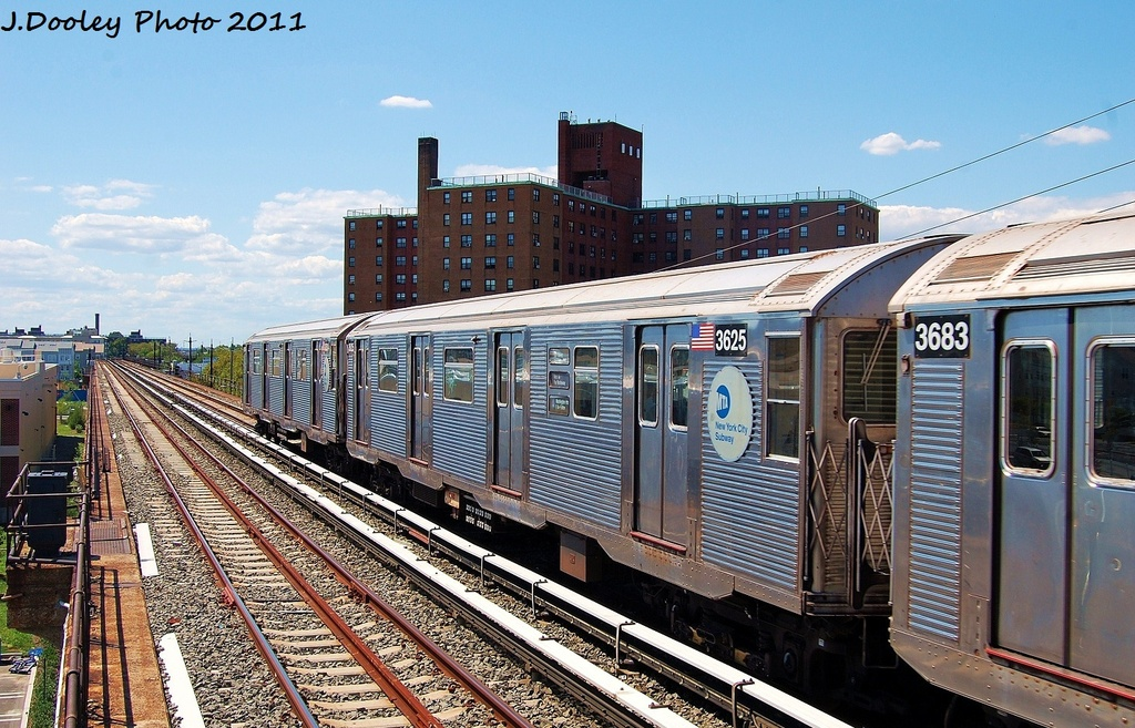 (382k, 1024x657)<br><b>Country:</b> United States<br><b>City:</b> New York<br><b>System:</b> New York City Transit<br><b>Line:</b> IND Rockaway<br><b>Location:</b> Beach 44th Street/Frank Avenue <br><b>Route:</b> A<br><b>Car:</b> R-32 (Budd, 1964)  3625 <br><b>Photo by:</b> John Dooley<br><b>Date:</b> 8/11/2011<br><b>Viewed (this week/total):</b> 1 / 577