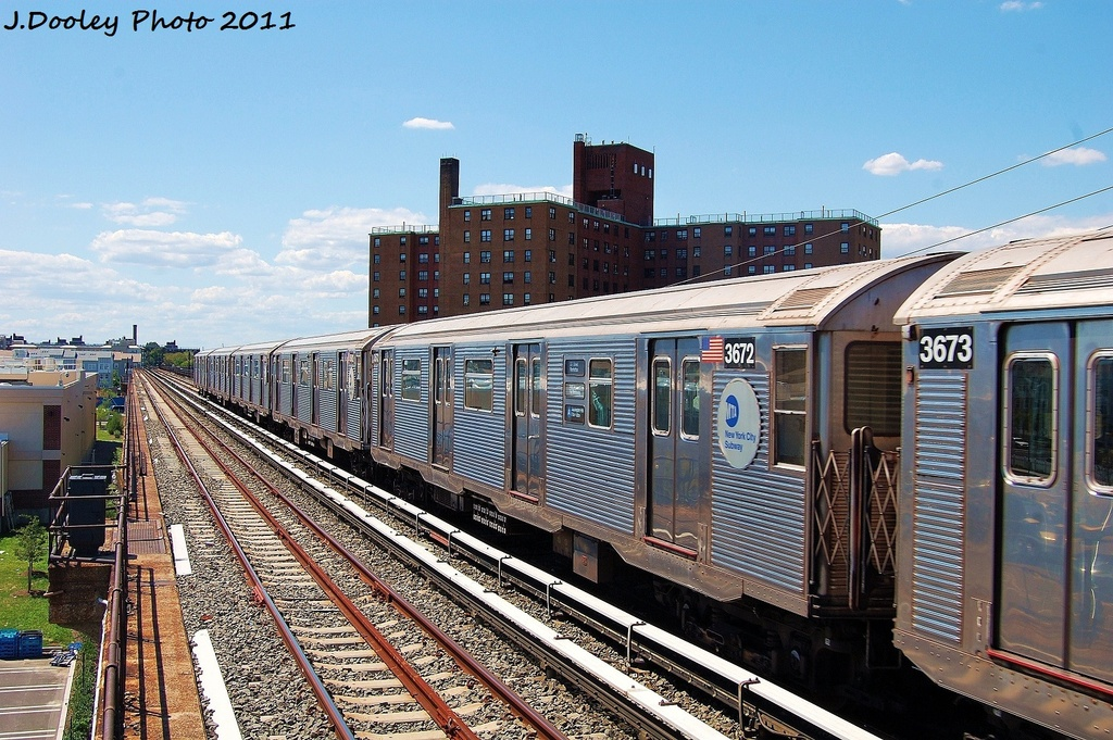 (398k, 1024x681)<br><b>Country:</b> United States<br><b>City:</b> New York<br><b>System:</b> New York City Transit<br><b>Line:</b> IND Rockaway<br><b>Location:</b> Beach 44th Street/Frank Avenue <br><b>Route:</b> A<br><b>Car:</b> R-32 (Budd, 1964)  3672 <br><b>Photo by:</b> John Dooley<br><b>Date:</b> 8/11/2011<br><b>Viewed (this week/total):</b> 0 / 569