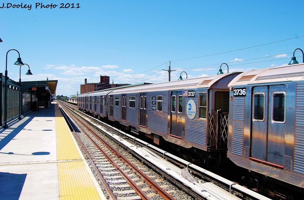 (358k, 1024x673)<br><b>Country:</b> United States<br><b>City:</b> New York<br><b>System:</b> New York City Transit<br><b>Line:</b> IND Rockaway<br><b>Location:</b> Beach 67th Street/Gaston Avenue <br><b>Route:</b> A<br><b>Car:</b> R-32 (Budd, 1964)  3737 <br><b>Photo by:</b> John Dooley<br><b>Date:</b> 8/11/2011<br><b>Viewed (this week/total):</b> 0 / 496
