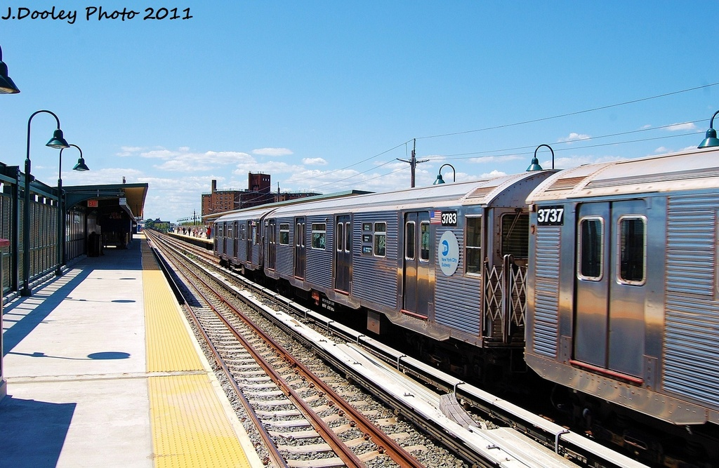 (352k, 1024x667)<br><b>Country:</b> United States<br><b>City:</b> New York<br><b>System:</b> New York City Transit<br><b>Line:</b> IND Rockaway<br><b>Location:</b> Beach 67th Street/Gaston Avenue <br><b>Route:</b> A<br><b>Car:</b> R-32 (Budd, 1964)  3783 <br><b>Photo by:</b> John Dooley<br><b>Date:</b> 8/11/2011<br><b>Viewed (this week/total):</b> 0 / 659