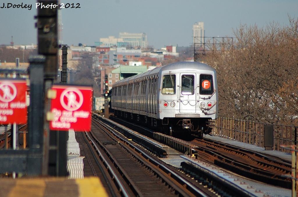 (337k, 1024x678)<br><b>Country:</b> United States<br><b>City:</b> New York<br><b>System:</b> New York City Transit<br><b>Line:</b> BMT Culver Line<br><b>Location:</b> 18th Avenue <br><b>Route:</b> F<br><b>Car:</b> R-46 (Pullman-Standard, 1974-75) 5792 <br><b>Photo by:</b> John Dooley<br><b>Date:</b> 1/7/2012<br><b>Viewed (this week/total):</b> 1 / 999