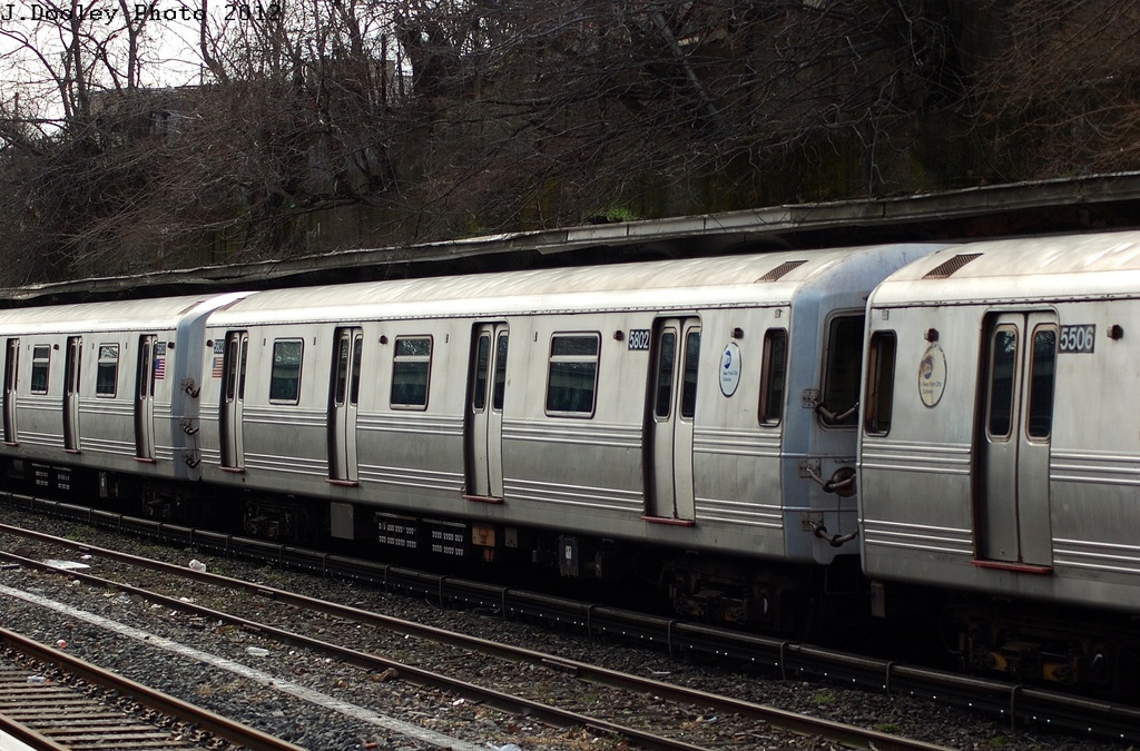 (366k, 1024x675)<br><b>Country:</b> United States<br><b>City:</b> New York<br><b>System:</b> New York City Transit<br><b>Line:</b> BMT Sea Beach Line<br><b>Location:</b> Fort Hamilton Parkway <br><b>Route:</b> R<br><b>Car:</b> R-46 (Pullman-Standard, 1974-75) 5802 <br><b>Photo by:</b> John Dooley<br><b>Date:</b> 3/8/2012<br><b>Viewed (this week/total):</b> 3 / 793