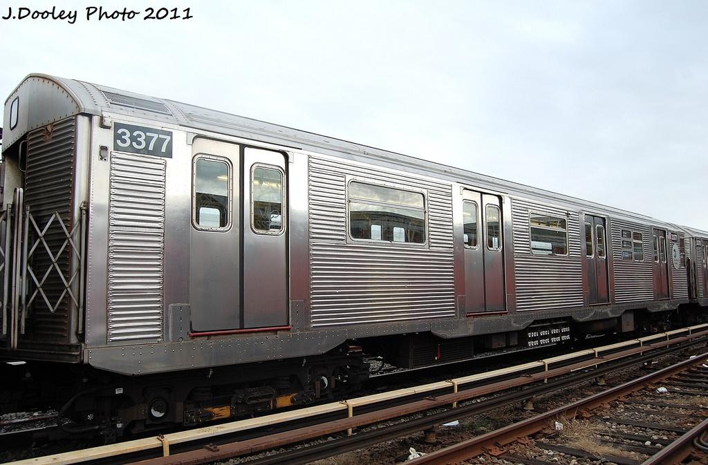 (319k, 1024x673)<br><b>Country:</b> United States<br><b>City:</b> New York<br><b>System:</b> New York City Transit<br><b>Location:</b> 207th Street Yard<br><b>Car:</b> R-32 (Budd, 1964)  3377 <br><b>Photo by:</b> John Dooley<br><b>Date:</b> 11/29/2011<br><b>Viewed (this week/total):</b> 0 / 568