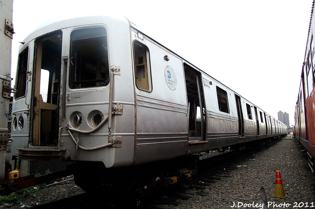 (296k, 1024x680)<br><b>Country:</b> United States<br><b>City:</b> New York<br><b>System:</b> New York City Transit<br><b>Location:</b> 207th Street Yard<br><b>Car:</b> R-44 (St. Louis, 1971-73) 5344 <br><b>Photo by:</b> John Dooley<br><b>Date:</b> 11/29/2011<br><b>Viewed (this week/total):</b> 2 / 786