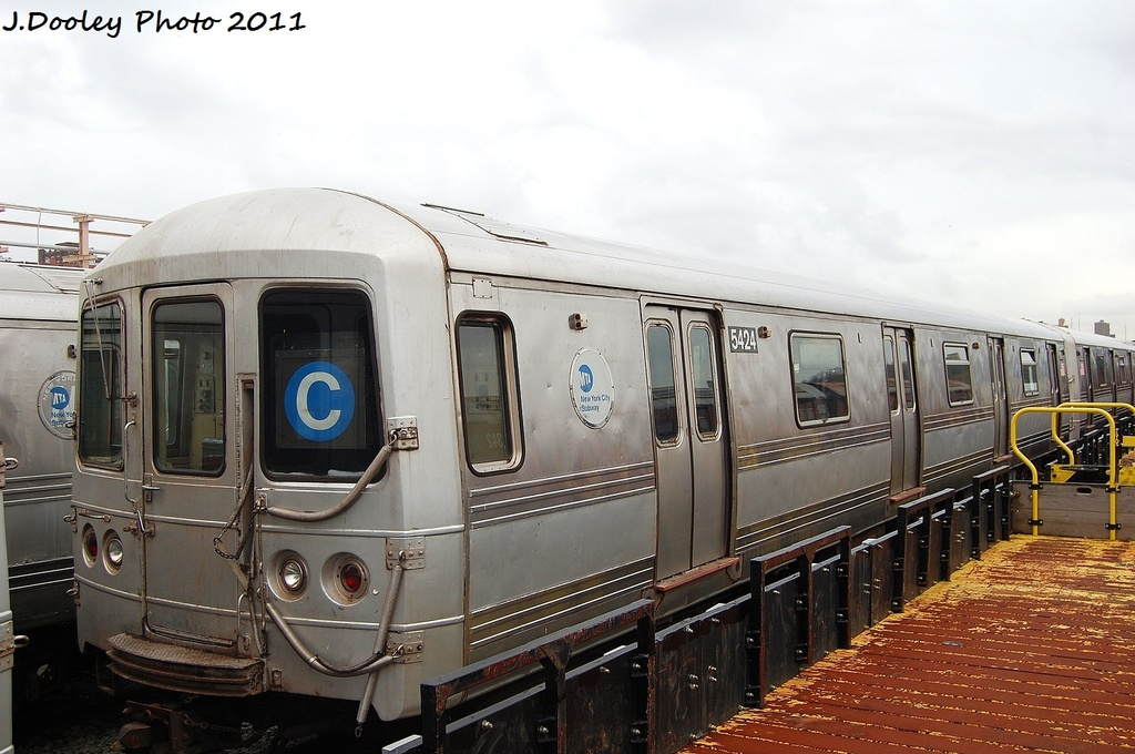 (300k, 1024x680)<br><b>Country:</b> United States<br><b>City:</b> New York<br><b>System:</b> New York City Transit<br><b>Location:</b> 207th Street Yard<br><b>Car:</b> R-44 (St. Louis, 1971-73) 5424 <br><b>Photo by:</b> John Dooley<br><b>Date:</b> 11/29/2011<br><b>Viewed (this week/total):</b> 3 / 863