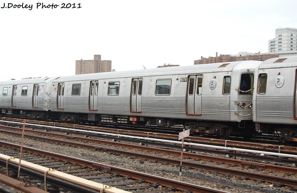(309k, 1024x665)<br><b>Country:</b> United States<br><b>City:</b> New York<br><b>System:</b> New York City Transit<br><b>Location:</b> 207th Street Yard<br><b>Car:</b> R-46 (Pullman-Standard, 1974-75) 6078 <br><b>Photo by:</b> John Dooley<br><b>Date:</b> 11/29/2011<br><b>Viewed (this week/total):</b> 0 / 379