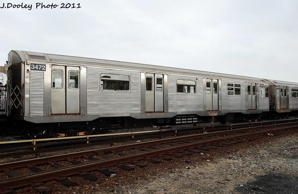 (334k, 1024x668)<br><b>Country:</b> United States<br><b>City:</b> New York<br><b>System:</b> New York City Transit<br><b>Location:</b> 207th Street Yard<br><b>Car:</b> R-32 (Budd, 1964)  3472 <br><b>Photo by:</b> John Dooley<br><b>Date:</b> 11/29/2011<br><b>Viewed (this week/total):</b> 0 / 447