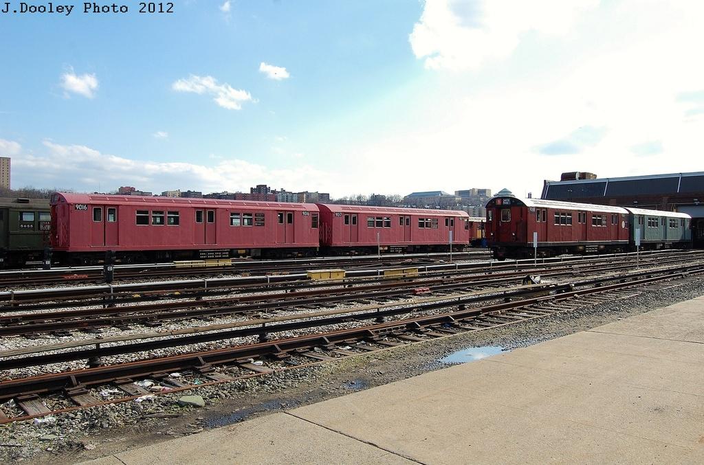 (345k, 1024x677)<br><b>Country:</b> United States<br><b>City:</b> New York<br><b>System:</b> New York City Transit<br><b>Location:</b> 207th Street Yard<br><b>Car:</b> R-33 Main Line (St. Louis, 1962-63) 9016-9017 <br><b>Photo by:</b> John Dooley<br><b>Date:</b> 2/1/2012<br><b>Viewed (this week/total):</b> 1 / 603