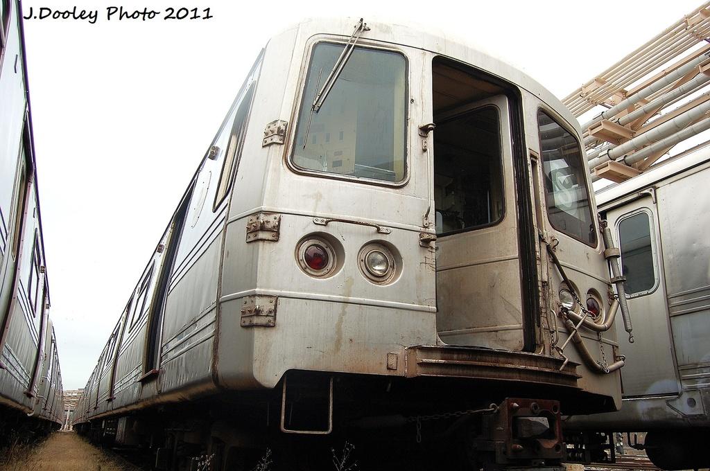 (314k, 1024x680)<br><b>Country:</b> United States<br><b>City:</b> New York<br><b>System:</b> New York City Transit<br><b>Location:</b> 207th Street Yard<br><b>Car:</b> R-44 (St. Louis, 1971-73) 5296 <br><b>Photo by:</b> John Dooley<br><b>Date:</b> 11/29/2011<br><b>Viewed (this week/total):</b> 0 / 539