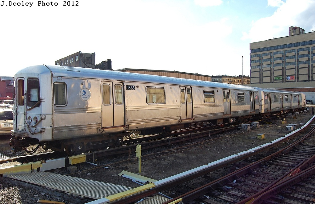 (305k, 1024x663)<br><b>Country:</b> United States<br><b>City:</b> New York<br><b>System:</b> New York City Transit<br><b>Location:</b> 207th Street Yard<br><b>Car:</b> R-44 (St. Louis, 1971-73) 5358 <br><b>Photo by:</b> John Dooley<br><b>Date:</b> 2/1/2012<br><b>Viewed (this week/total):</b> 0 / 762