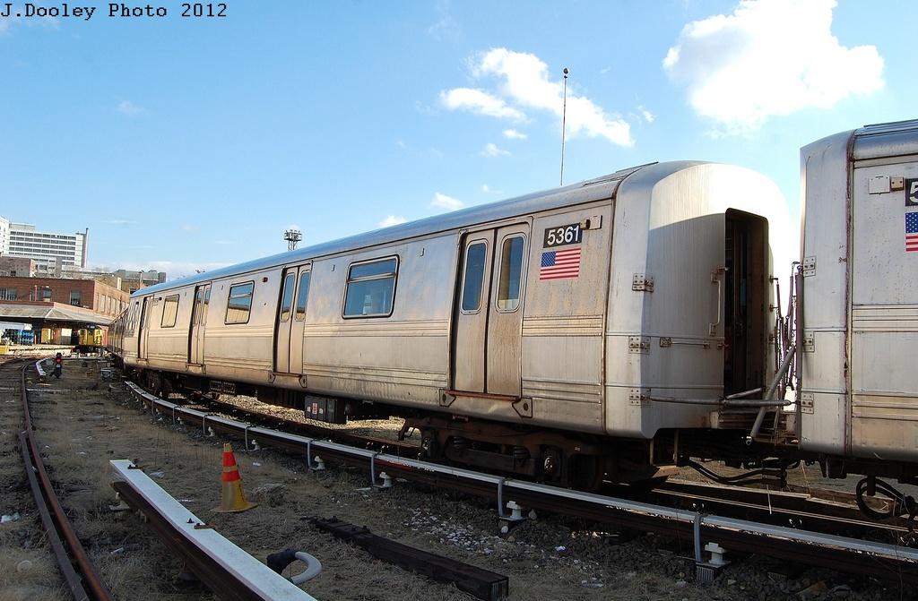 (308k, 1024x671)<br><b>Country:</b> United States<br><b>City:</b> New York<br><b>System:</b> New York City Transit<br><b>Location:</b> 207th Street Yard<br><b>Car:</b> R-44 (St. Louis, 1971-73) 5361 <br><b>Photo by:</b> John Dooley<br><b>Date:</b> 2/1/2012<br><b>Viewed (this week/total):</b> 1 / 639