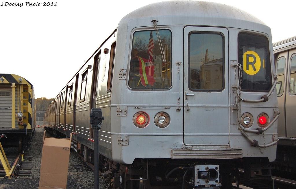 (271k, 1024x653)<br><b>Country:</b> United States<br><b>City:</b> New York<br><b>System:</b> New York City Transit<br><b>Location:</b> Jamaica Yard/Shops<br><b>Car:</b> R-46 (Pullman-Standard, 1974-75) 5792 <br><b>Photo by:</b> John Dooley<br><b>Date:</b> 11/19/2011<br><b>Viewed (this week/total):</b> 3 / 715