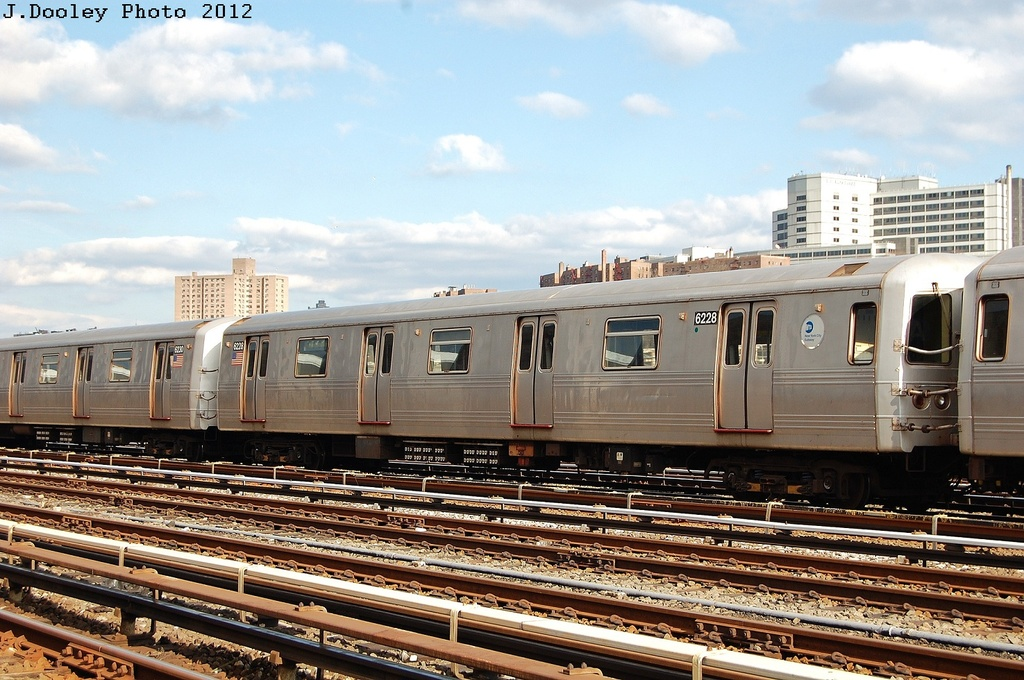 (350k, 1024x680)<br><b>Country:</b> United States<br><b>City:</b> New York<br><b>System:</b> New York City Transit<br><b>Location:</b> 207th Street Yard<br><b>Car:</b> R-46 (Pullman-Standard, 1974-75) 6228 <br><b>Photo by:</b> John Dooley<br><b>Date:</b> 2/1/2012<br><b>Viewed (this week/total):</b> 0 / 494
