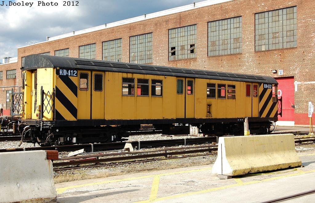(412k, 1024x662)<br><b>Country:</b> United States<br><b>City:</b> New York<br><b>System:</b> New York City Transit<br><b>Location:</b> 207th Street Yard<br><b>Car:</b> R-161 Rider Car (ex-R-33)  RD412 <br><b>Photo by:</b> John Dooley<br><b>Date:</b> 2/1/2012<br><b>Viewed (this week/total):</b> 0 / 701