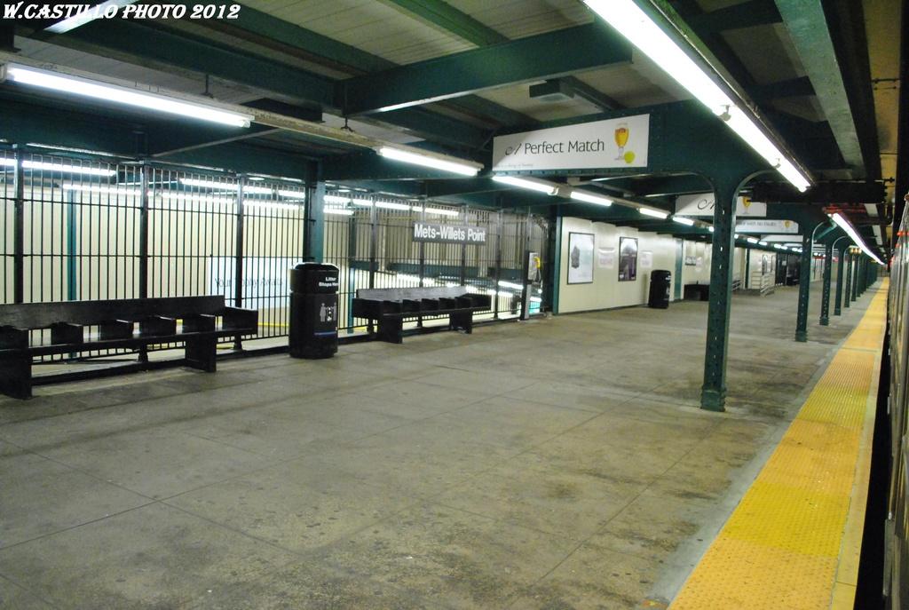 (301k, 1024x687)<br><b>Country:</b> United States<br><b>City:</b> New York<br><b>System:</b> New York City Transit<br><b>Line:</b> IRT Flushing Line<br><b>Location:</b> Willets Point/Mets (fmr. Shea Stadium) <br><b>Photo by:</b> Wilfredo Castillo<br><b>Date:</b> 4/18/2012<br><b>Viewed (this week/total):</b> 5 / 1027