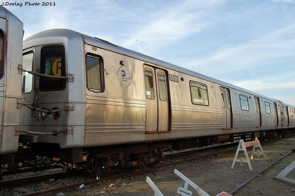(337k, 1024x680)<br><b>Country:</b> United States<br><b>City:</b> New York<br><b>System:</b> New York City Transit<br><b>Location:</b> Jamaica Yard/Shops<br><b>Car:</b> R-46 (Pullman-Standard, 1974-75) 5688 <br><b>Photo by:</b> John Dooley<br><b>Date:</b> 11/19/2011<br><b>Viewed (this week/total):</b> 1 / 760