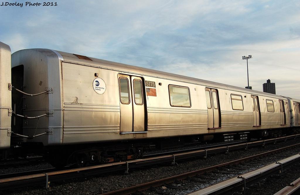 (277k, 1024x668)<br><b>Country:</b> United States<br><b>City:</b> New York<br><b>System:</b> New York City Transit<br><b>Location:</b> Jamaica Yard/Shops<br><b>Car:</b> R-46 (Pullman-Standard, 1974-75) 5775 <br><b>Photo by:</b> John Dooley<br><b>Date:</b> 11/19/2011<br><b>Viewed (this week/total):</b> 5 / 617