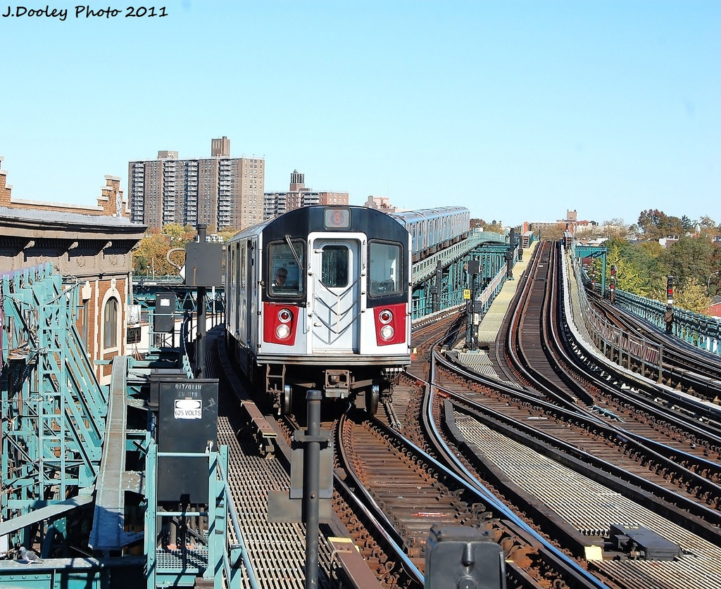 (477k, 1024x837)<br><b>Country:</b> United States<br><b>City:</b> New York<br><b>System:</b> New York City Transit<br><b>Line:</b> IRT Pelham Line<br><b>Location:</b> Westchester Square <br><b>Route:</b> 6<br><b>Car:</b> R-142A (Primary Order, Kawasaki, 1999-2002)  7401 <br><b>Photo by:</b> John Dooley<br><b>Date:</b> 11/5/2011<br><b>Viewed (this week/total):</b> 1 / 1012