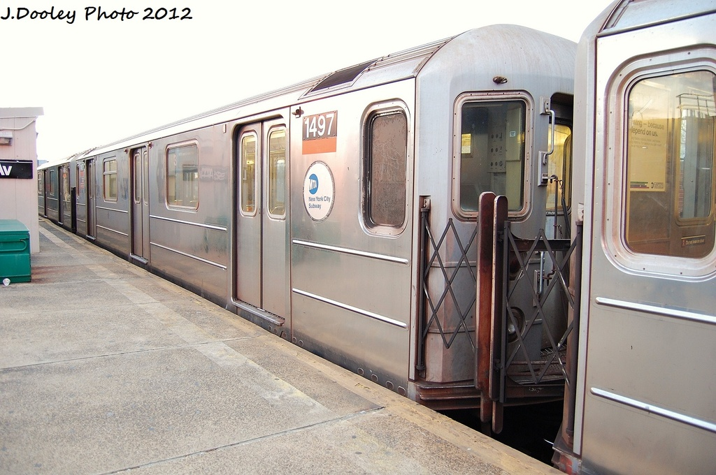 (311k, 1024x680)<br><b>Country:</b> United States<br><b>City:</b> New York<br><b>System:</b> New York City Transit<br><b>Line:</b> IRT Brooklyn Line<br><b>Location:</b> New Lots Avenue <br><b>Route:</b> 3<br><b>Car:</b> R-62 (Kawasaki, 1983-1985)  1497 <br><b>Photo by:</b> John Dooley<br><b>Date:</b> 1/14/2012<br><b>Viewed (this week/total):</b> 3 / 1234