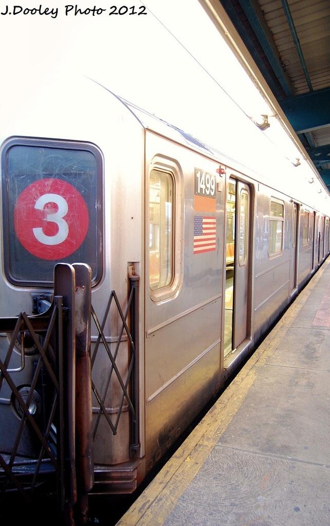 (286k, 643x1024)<br><b>Country:</b> United States<br><b>City:</b> New York<br><b>System:</b> New York City Transit<br><b>Line:</b> IRT Brooklyn Line<br><b>Location:</b> New Lots Avenue <br><b>Route:</b> 3<br><b>Car:</b> R-62 (Kawasaki, 1983-1985)  1499 <br><b>Photo by:</b> John Dooley<br><b>Date:</b> 1/14/2012<br><b>Viewed (this week/total):</b> 1 / 1324