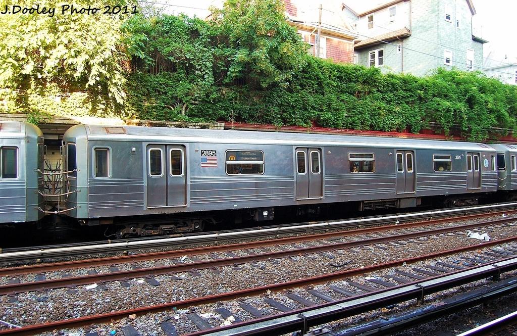 (500k, 1024x665)<br><b>Country:</b> United States<br><b>City:</b> New York<br><b>System:</b> New York City Transit<br><b>Line:</b> BMT Brighton Line<br><b>Location:</b> Beverley Road <br><b>Route:</b> Q<br><b>Car:</b> R-68 (Westinghouse-Amrail, 1986-1988)  2895 <br><b>Photo by:</b> John Dooley<br><b>Date:</b> 8/10/2011<br><b>Viewed (this week/total):</b> 1 / 1054