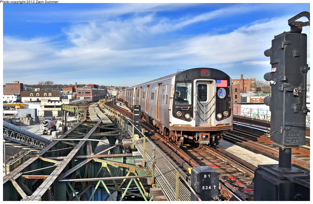 (438k, 1044x680)<br><b>Country:</b> United States<br><b>City:</b> New York<br><b>System:</b> New York City Transit<br><b>Line:</b> BMT Culver Line<br><b>Location:</b> Ditmas Avenue <br><b>Route:</b> F<br><b>Car:</b> R-160B (Option 2) (Kawasaki, 2009)  9872 <br><b>Photo by:</b> Zach Summer<br><b>Date:</b> 12/30/2011<br><b>Viewed (this week/total):</b> 1 / 1548