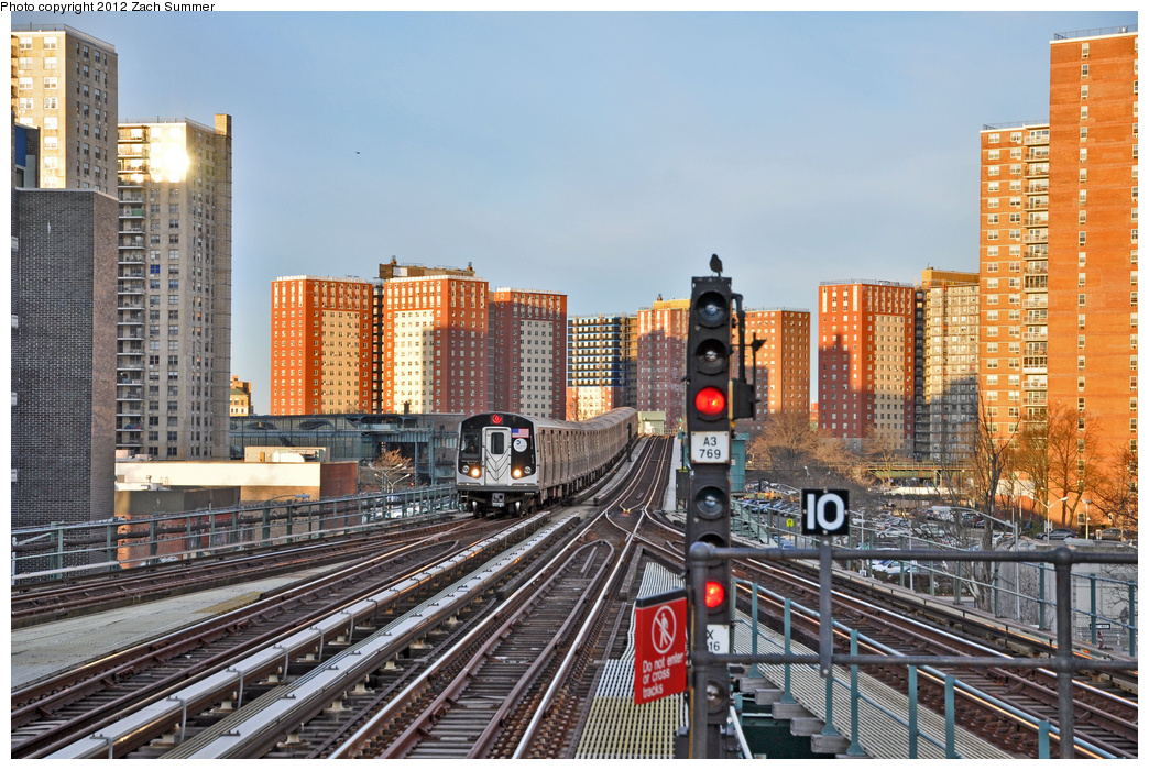 (462k, 1044x700)<br><b>Country:</b> United States<br><b>City:</b> New York<br><b>System:</b> New York City Transit<br><b>Line:</b> BMT Brighton Line<br><b>Location:</b> Ocean Parkway <br><b>Route:</b> Q<br><b>Car:</b> R-160A-2 (Alstom, 2005-2008, 5 car sets)  8692 <br><b>Photo by:</b> Zach Summer<br><b>Date:</b> 1/8/2012<br><b>Viewed (this week/total):</b> 2 / 1104