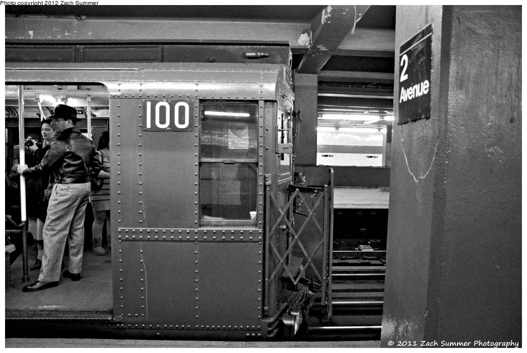 (303k, 1044x700)<br><b>Country:</b> United States<br><b>City:</b> New York<br><b>System:</b> New York City Transit<br><b>Line:</b> IND 6th Avenue Line<br><b>Location:</b> 2nd Avenue <br><b>Route:</b> Museum Train Service<br><b>Car:</b> R-1 (American Car & Foundry, 1930-1931) 100 <br><b>Photo by:</b> Zach Summer<br><b>Date:</b> 12/3/2011<br><b>Viewed (this week/total):</b> 0 / 980