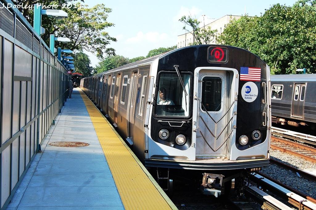 (435k, 1024x681)<br><b>Country:</b> United States<br><b>City:</b> New York<br><b>System:</b> New York City Transit<br><b>Line:</b> BMT Brighton Line<br><b>Location:</b> Avenue H <br><b>Route:</b> Q<br><b>Car:</b> R-160B (Kawasaki, 2005-2008)  8852 <br><b>Photo by:</b> John Dooley<br><b>Date:</b> 9/12/2011<br><b>Viewed (this week/total):</b> 2 / 1146
