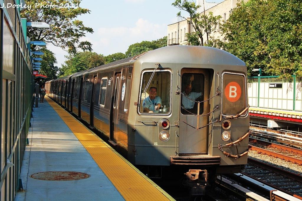 (445k, 1024x681)<br><b>Country:</b> United States<br><b>City:</b> New York<br><b>System:</b> New York City Transit<br><b>Line:</b> BMT Brighton Line<br><b>Location:</b> Avenue H <br><b>Route:</b> B<br><b>Car:</b> R-68A (Kawasaki, 1988-1989)  5166 <br><b>Photo by:</b> John Dooley<br><b>Date:</b> 9/12/2011<br><b>Viewed (this week/total):</b> 3 / 990